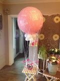 Grote ballon voor baby in net_