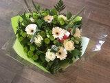 3- Valentijnsontbijt Luxe 2 personen met boeket witte tinten_