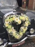 bloemstuk hart auto_