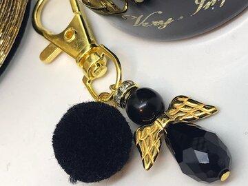 Geluksengel sleutelhanger black and gold