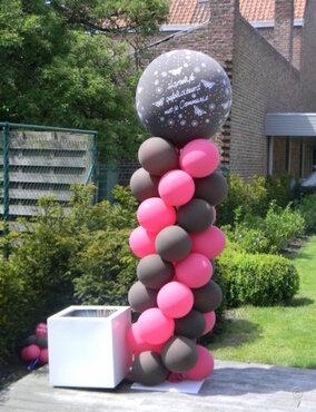 Ballonstaander met grote topballon