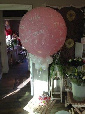 Grote ballon voor baby in net