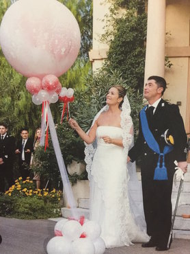 Plofballon just married gevuld met hartjes in wit