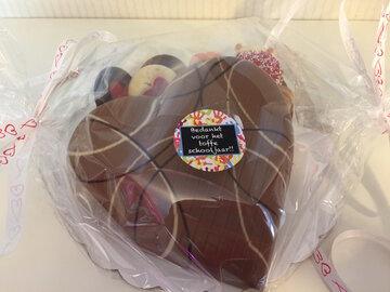 Chocolade hartje gevuld met pralines