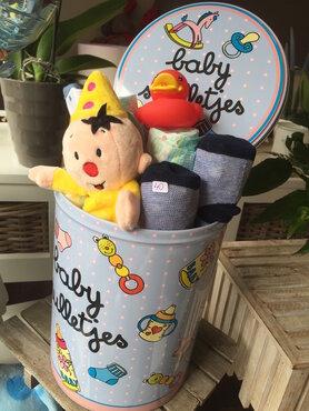 Blikken doos baby spulletjes bumba