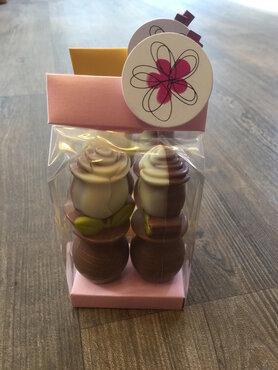 Zakje met 2 chocolade roosjes 90gr.