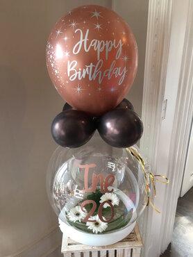 Aqua ballon verjaardag met bloemen