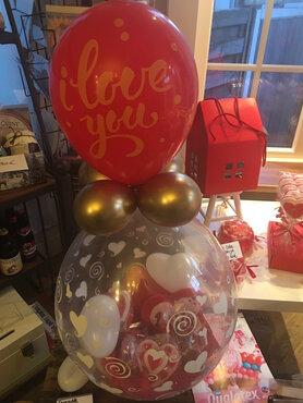 9 - Ballon Valentijn gevuld met lekkernijen