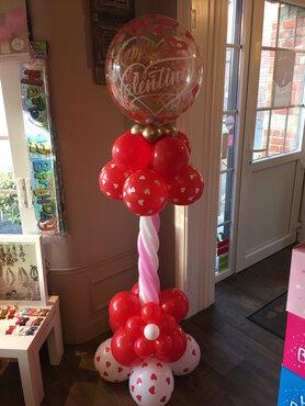 10 - Ballonstaander Valentijn met bubble balloon