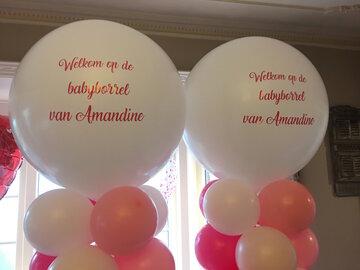 Ballonpilaar met topballon met tekst naar keuze