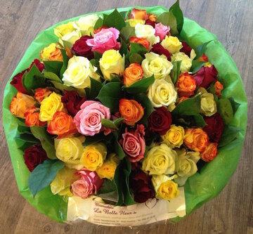 Boeket 60 gemengde rozen