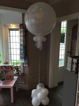 Ballondecoratie ballon huwelijk 90cm met voet