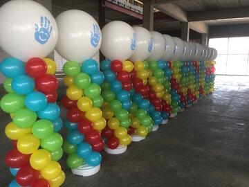 Ballonstaander met grote  topballon met bedrukt logo