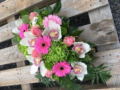 Rouwstuk cymbidium witte en roze tinten