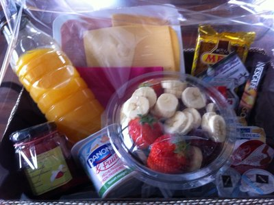 Luxe ontbijt 1 persoon inclusief boeket